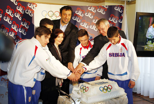 Secenje-olimpijske-torte