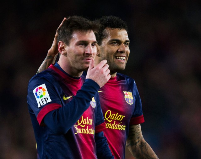 Lionel+Messi+Daniel+Alves