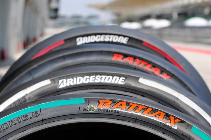 motogp-bridgestone-slick-tyres-2014-tires