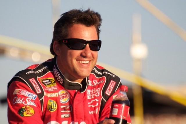Toni-Stjuart-NASCAR