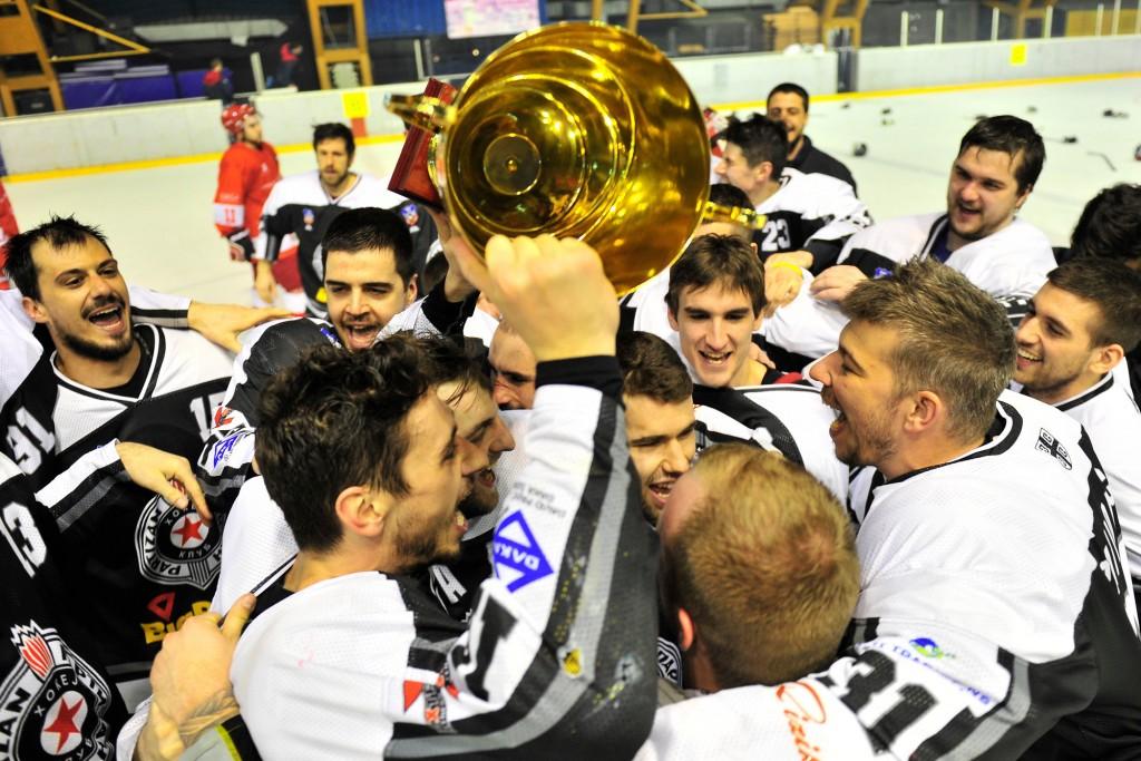 partizan-hokej-titula-0846