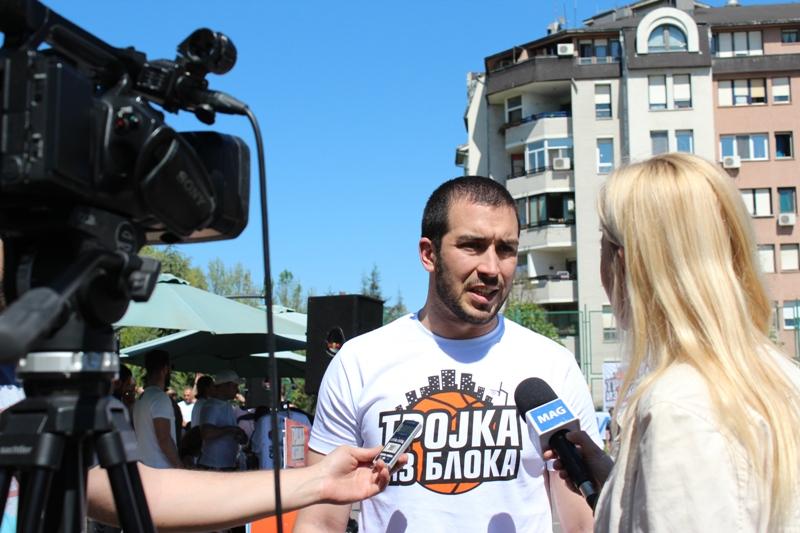 FOTO: trojkaizbloka.org