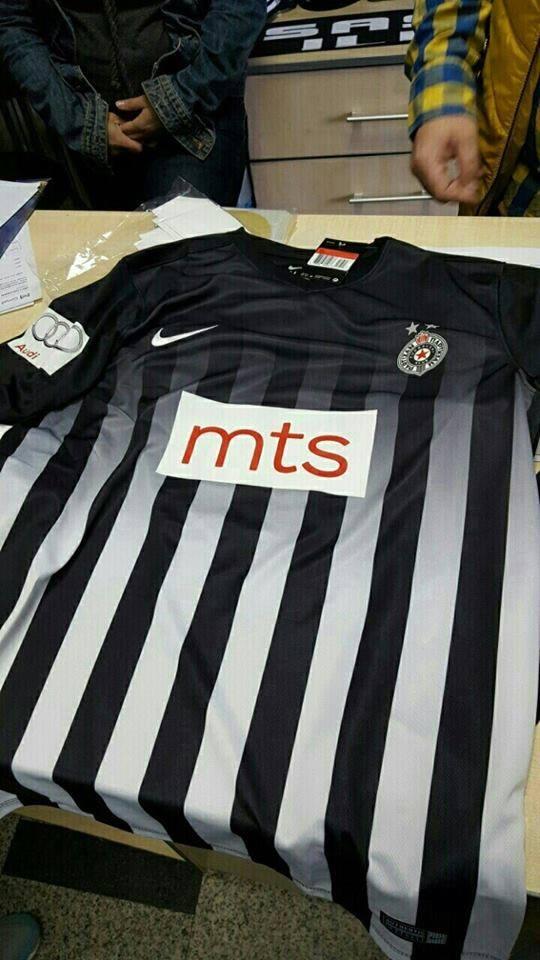 http://hotsport.rs/wp-content/uploads/2016/05/Partizan-dres.jpg