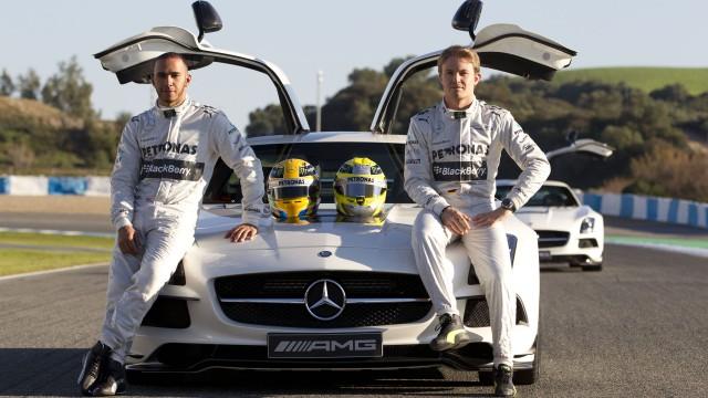 Lewis-Hamilton-Nico-Rosberg