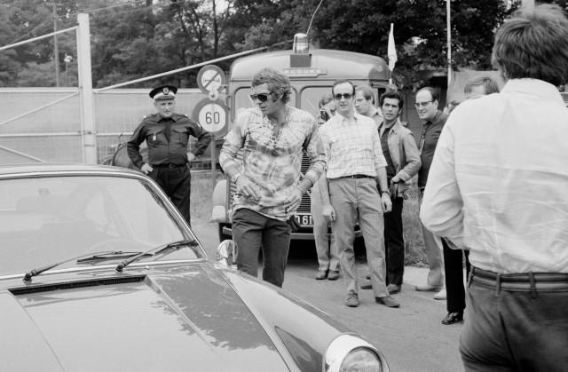 steve-mcqueen-porsche-911s-1970-14