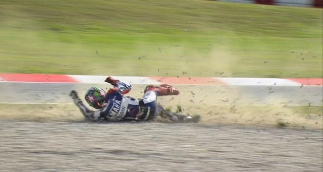 2013cat_fp3_motogp_lorenzo_crash_01-2_slideshow_169