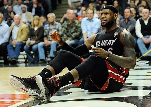 lebron-james-flopping-miami-heat-indiana-pacers-nba-playoffs-2013