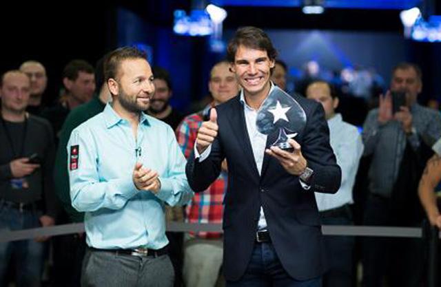 nadal-poker-trofej