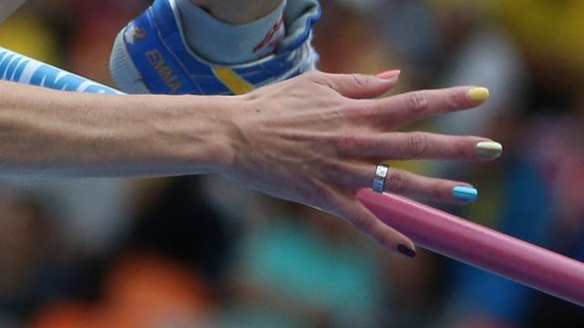 nokti-dugine-boje
